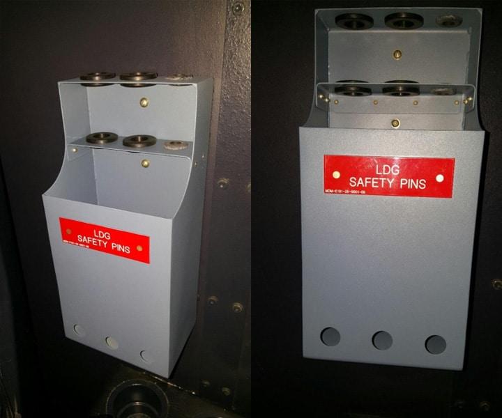 landing-gear-pin-holder-1